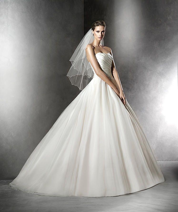 Pronovias PLESANA Wedding Dress Currently For Sale At Off Retail