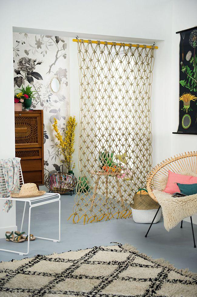 diy petit espace une cloison suspendue en macram home. Black Bedroom Furniture Sets. Home Design Ideas