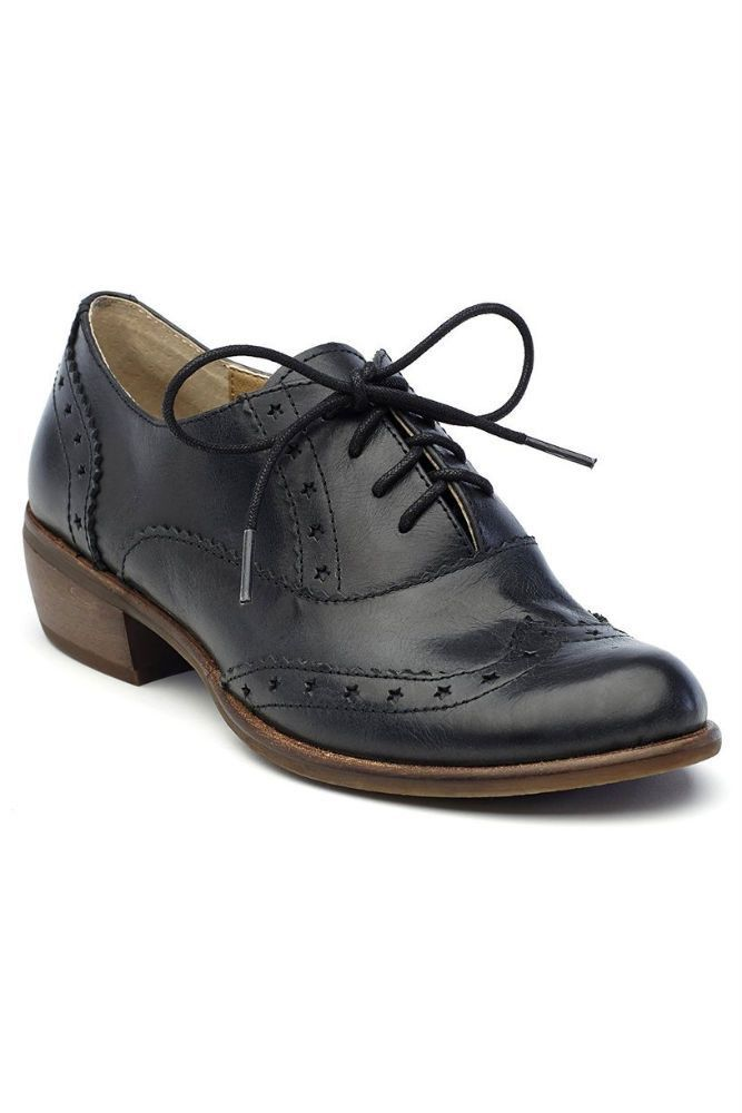 Latigo I Heart Oxford in Black