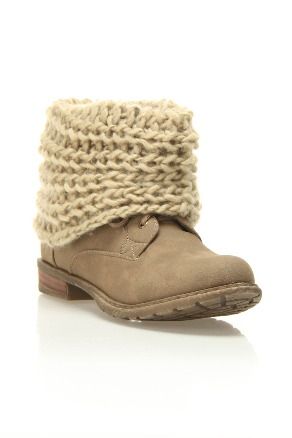 Knit inspiration- a simple knit tube to dress up my boots! Cute with ...