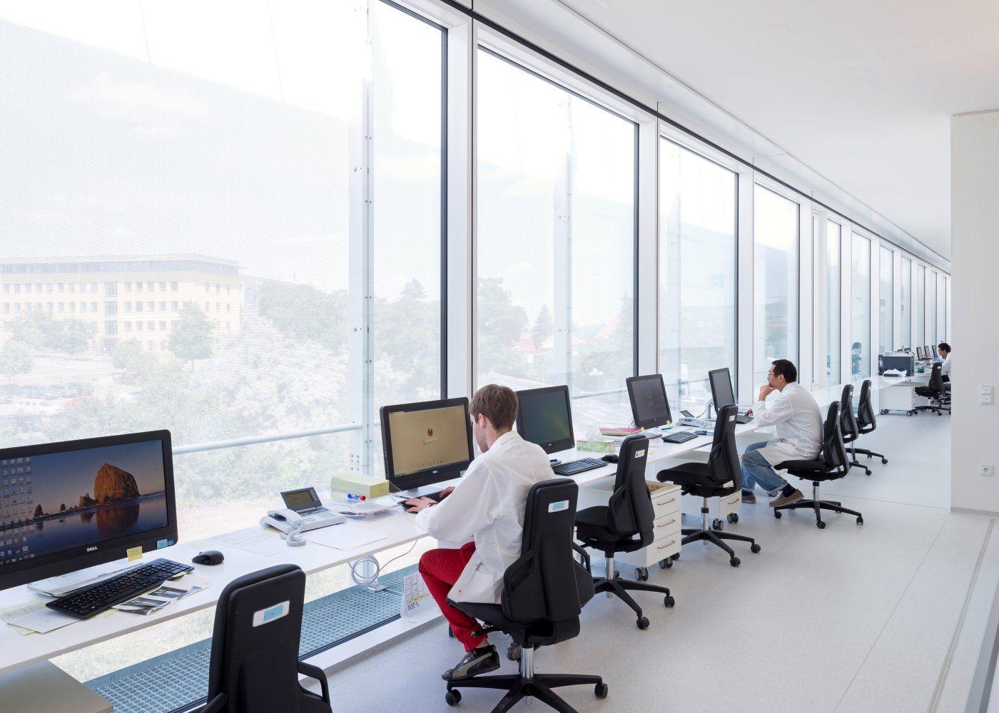 Architekten Jena ptfe screen glass hks architekten fritz lipmann institut