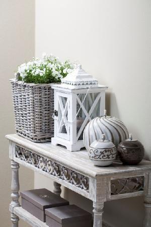 Whites greys planten in een mand altijd gezellig decoreren pinterest - Decoratie new england ...
