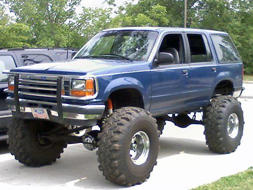 1991 ford explorer lifted trucks pinterest ford for Garage ford romans