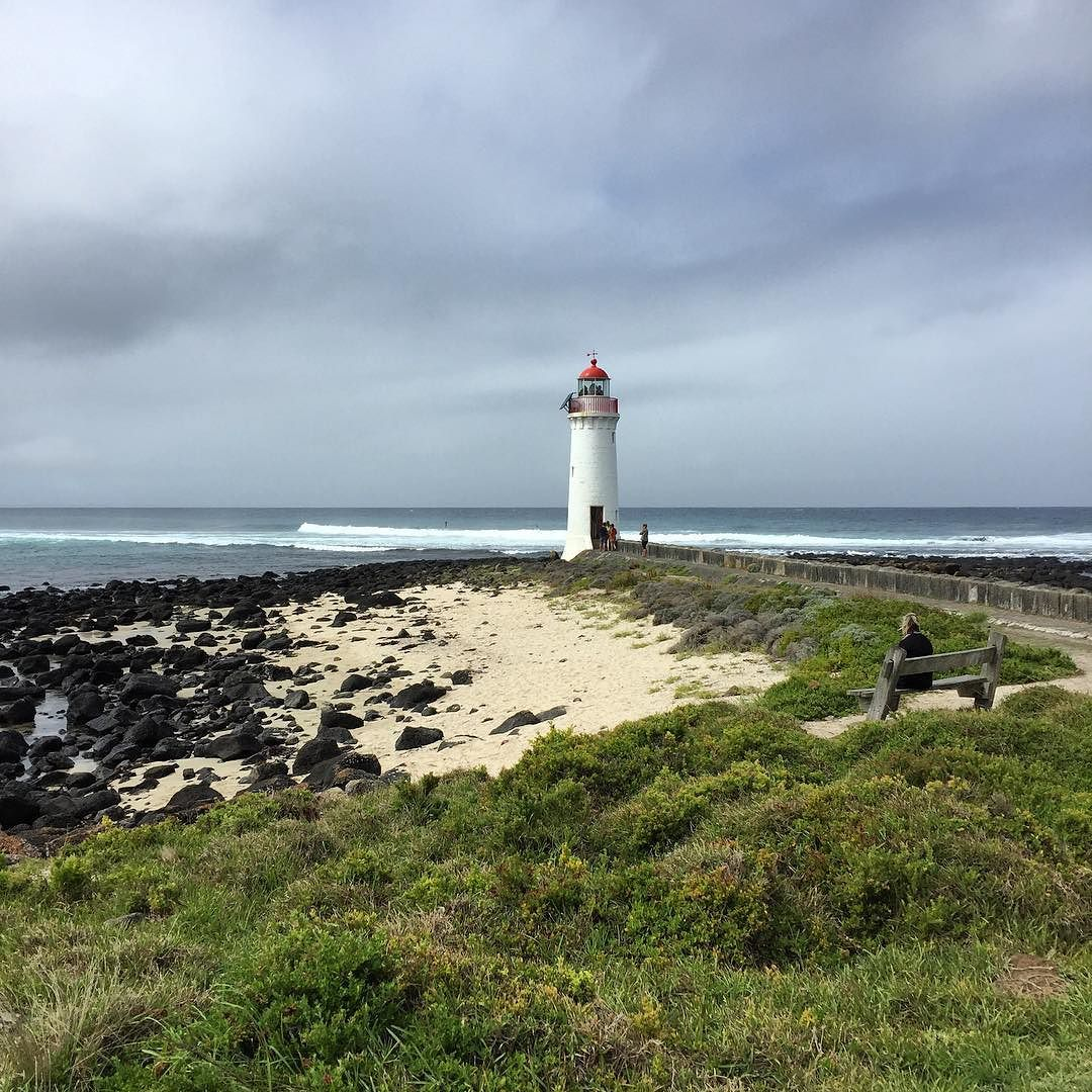 Beautiful lighthouse walk #portfairy @yamy12 @feyonce_lise @lylerobson @npkd by toufee http://ift.tt/1UokfWI