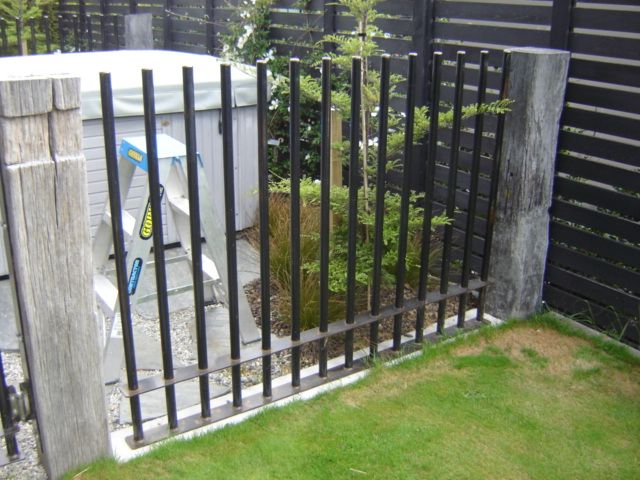Image result for heavy duty vertical steel bars fence pool fence pinterest fences steel - Oerlikon swimming pool ...