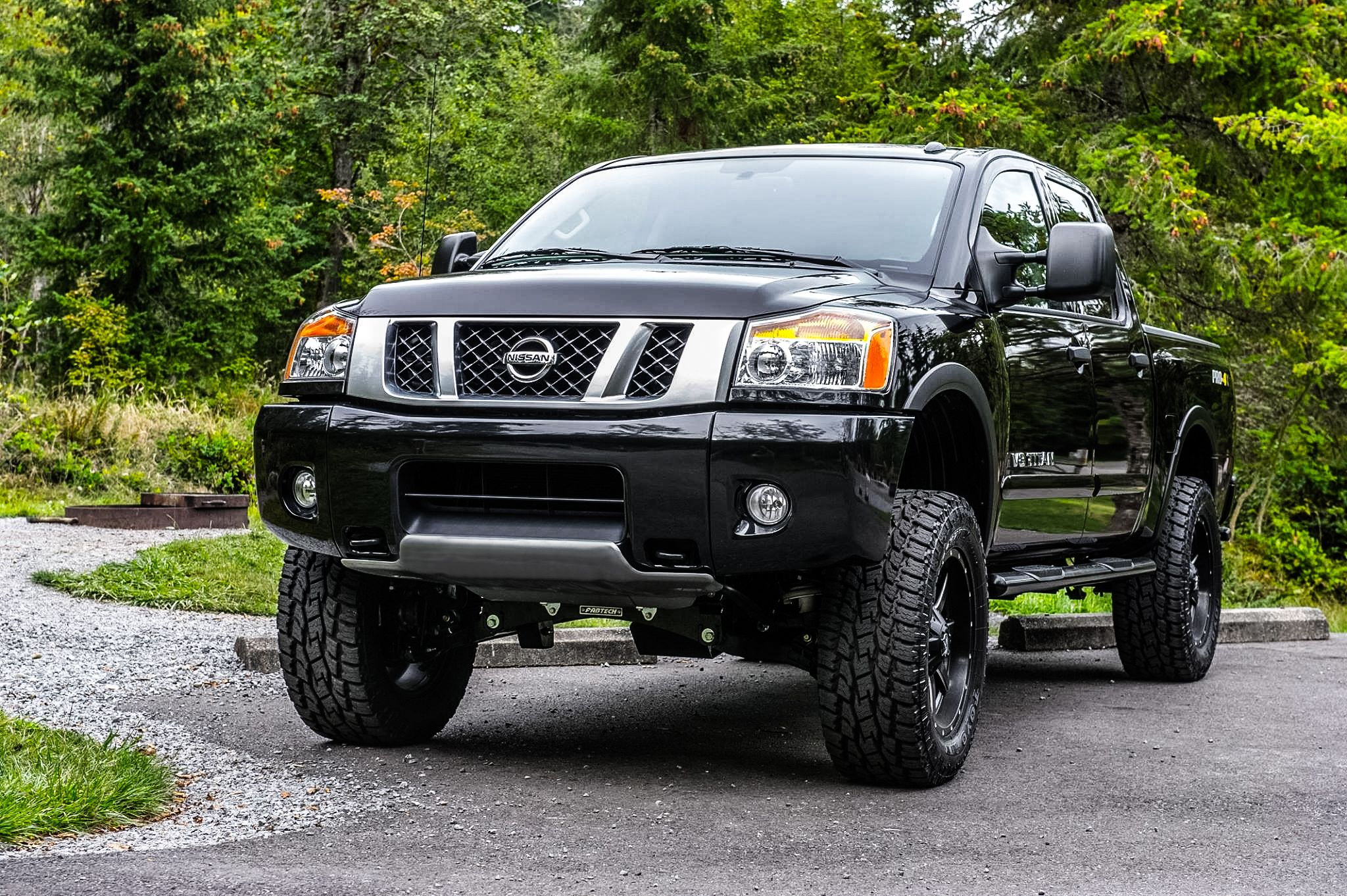 2015 nissan titan pro 4x nissan titan pinterest 2015 nissan titan nissan titan and nissan. Black Bedroom Furniture Sets. Home Design Ideas