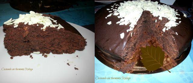 COCINANDO CON THERMOMIX MALAGA: Tarta triple chocolate