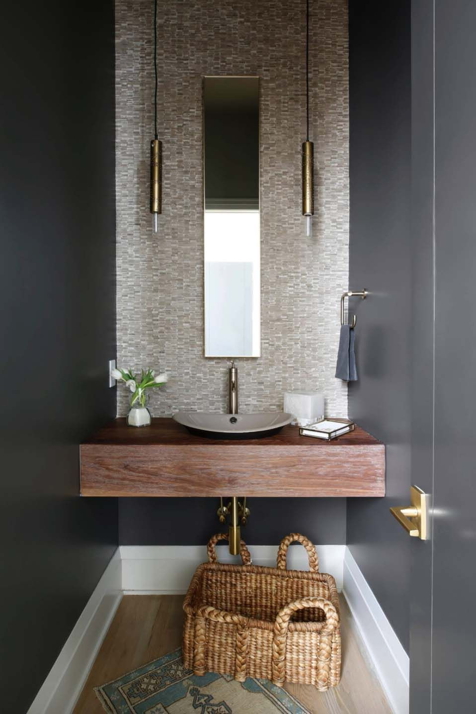 Modern Colonial Bathrooms: Cape Cod Colonial Home With A Modern Contemporary Twist In
