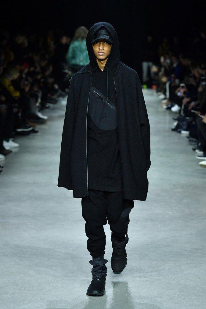 Adidas y 3 toma en Palais de Tokyo para un sorprendente moda de Paris
