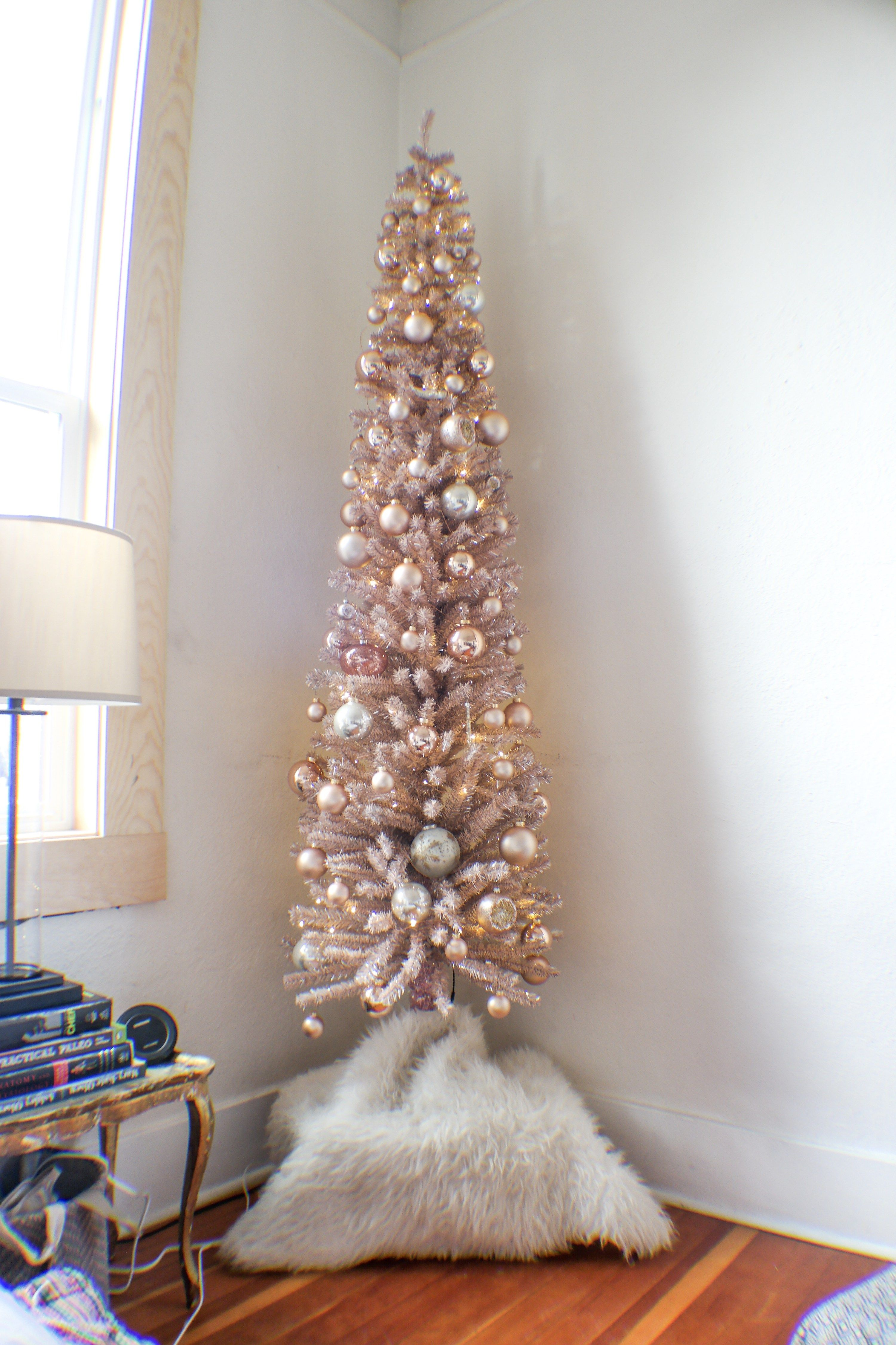 Rose Gold Christmas Tree Samantha Hauger Rose Gold Christmas Tree Rose Gold Christmas Decorations Tinsel Christmas Tree