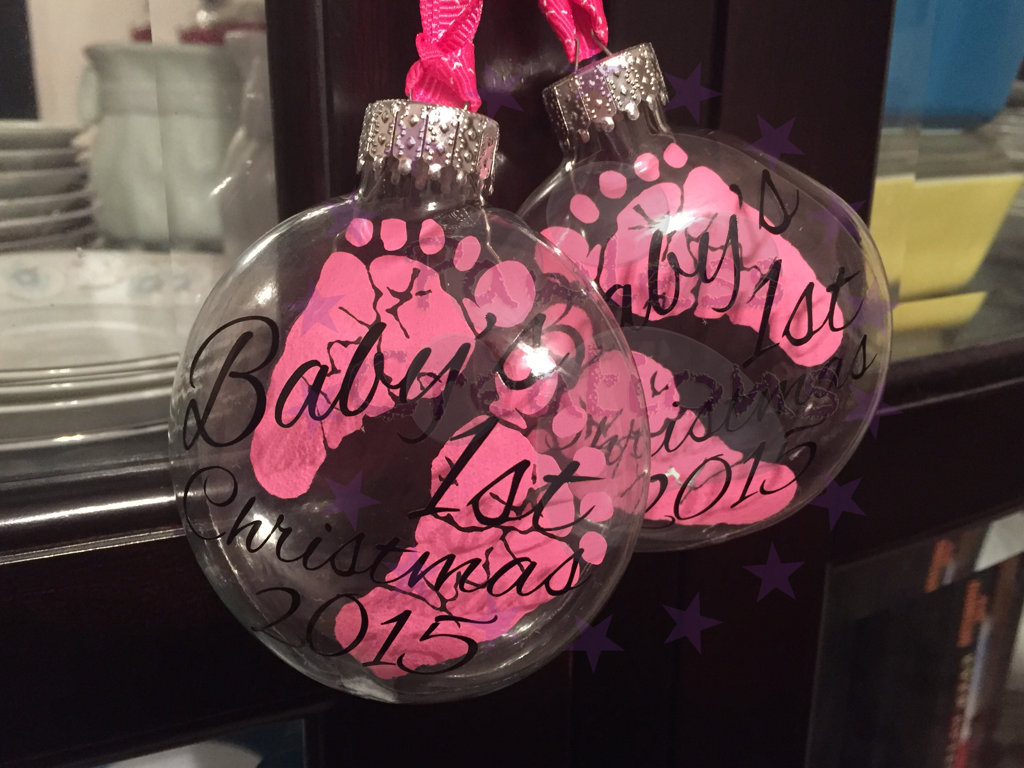 """Baby's 1st Christmas 3"""" disc floating ornament $10.00"""