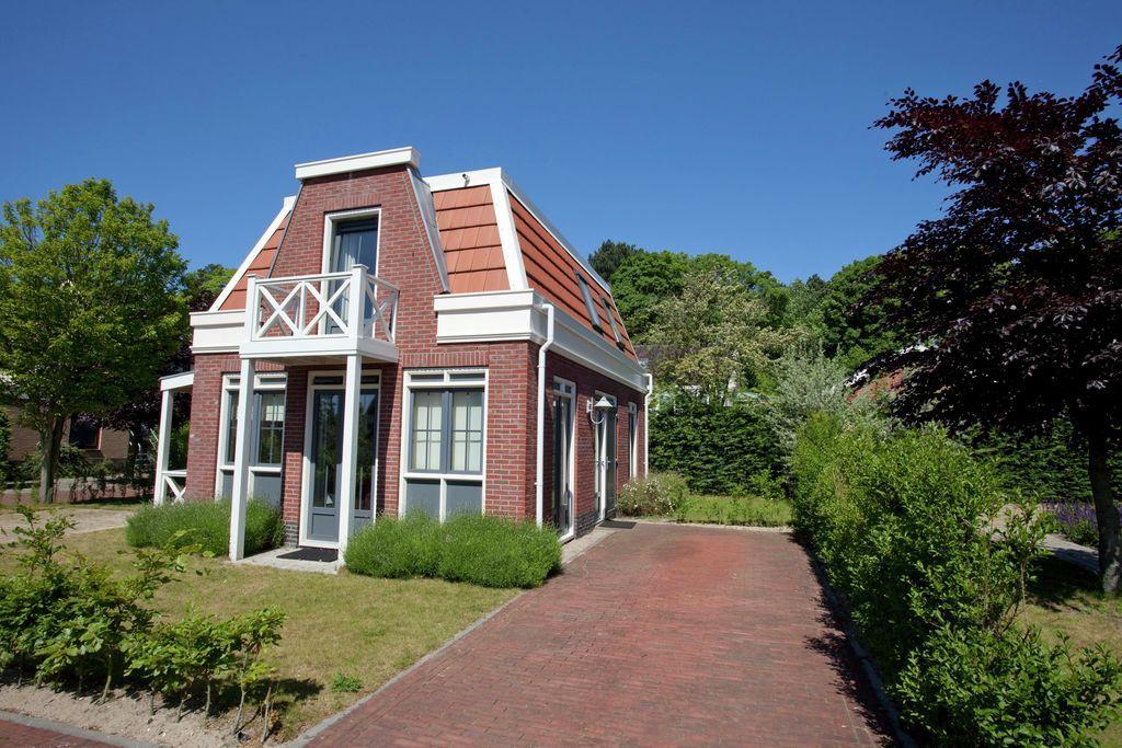 Modern ingerichte villa op rustig vakantiepark vlakbij de Noordzee en het strand Noordwijk (Noordwijk aan Zee)