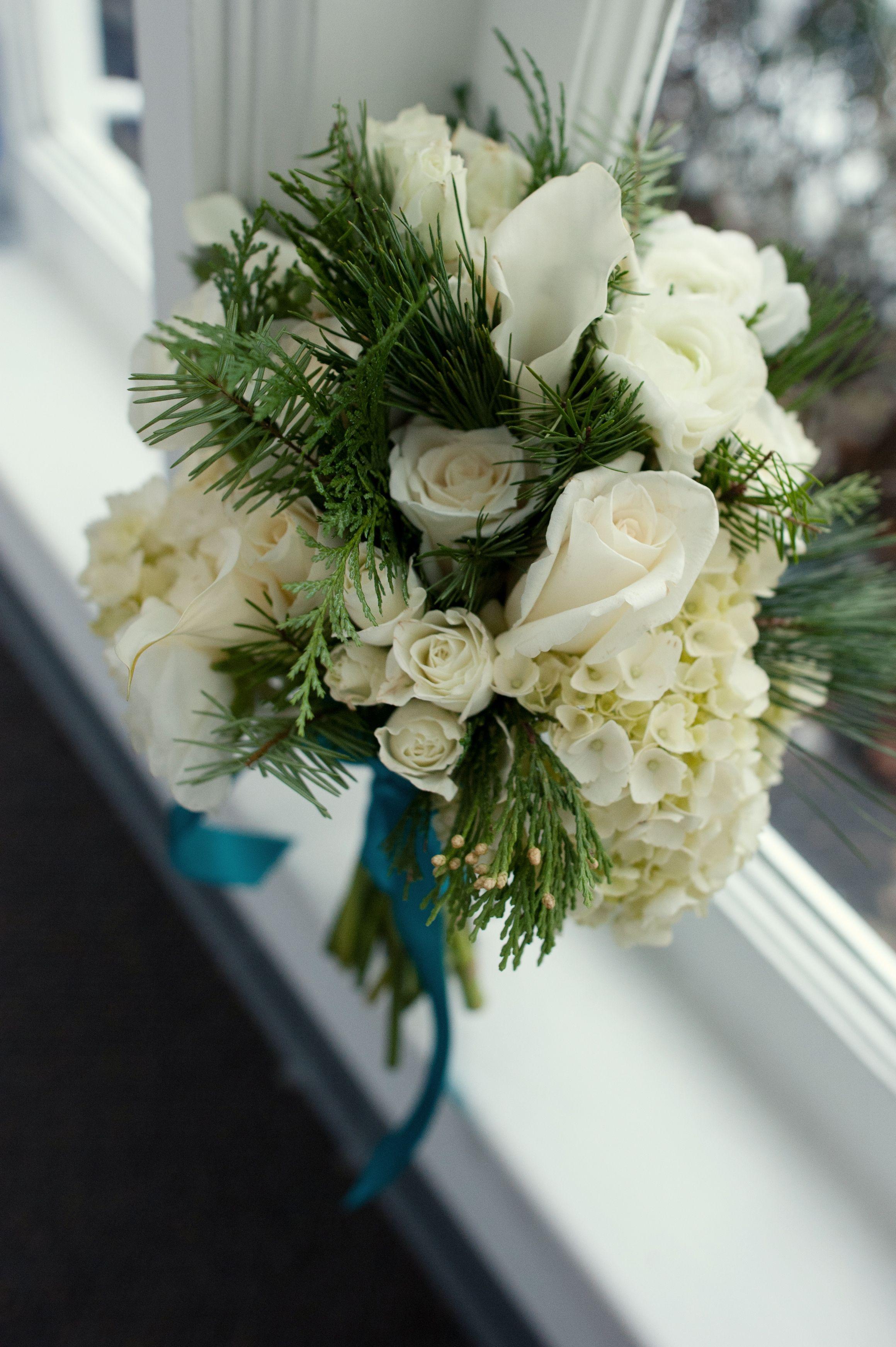 Christmas splendor white rose bouquet flower bouquet