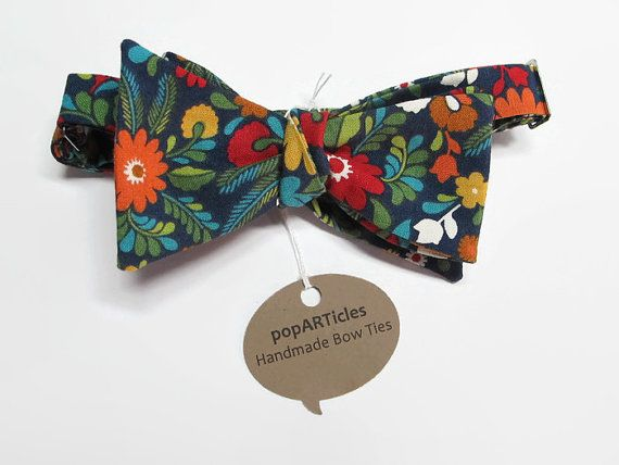Freestyle Navy Floral Bow Tie Handmade Men's by popARTicles #popARTicles #bowtie #floralbowtie #navybowtie #forestbowtie