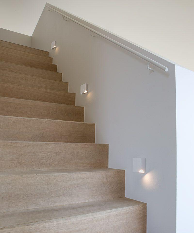 Verlichting langs kant van trap | Appartement | Pinterest - Trap ...