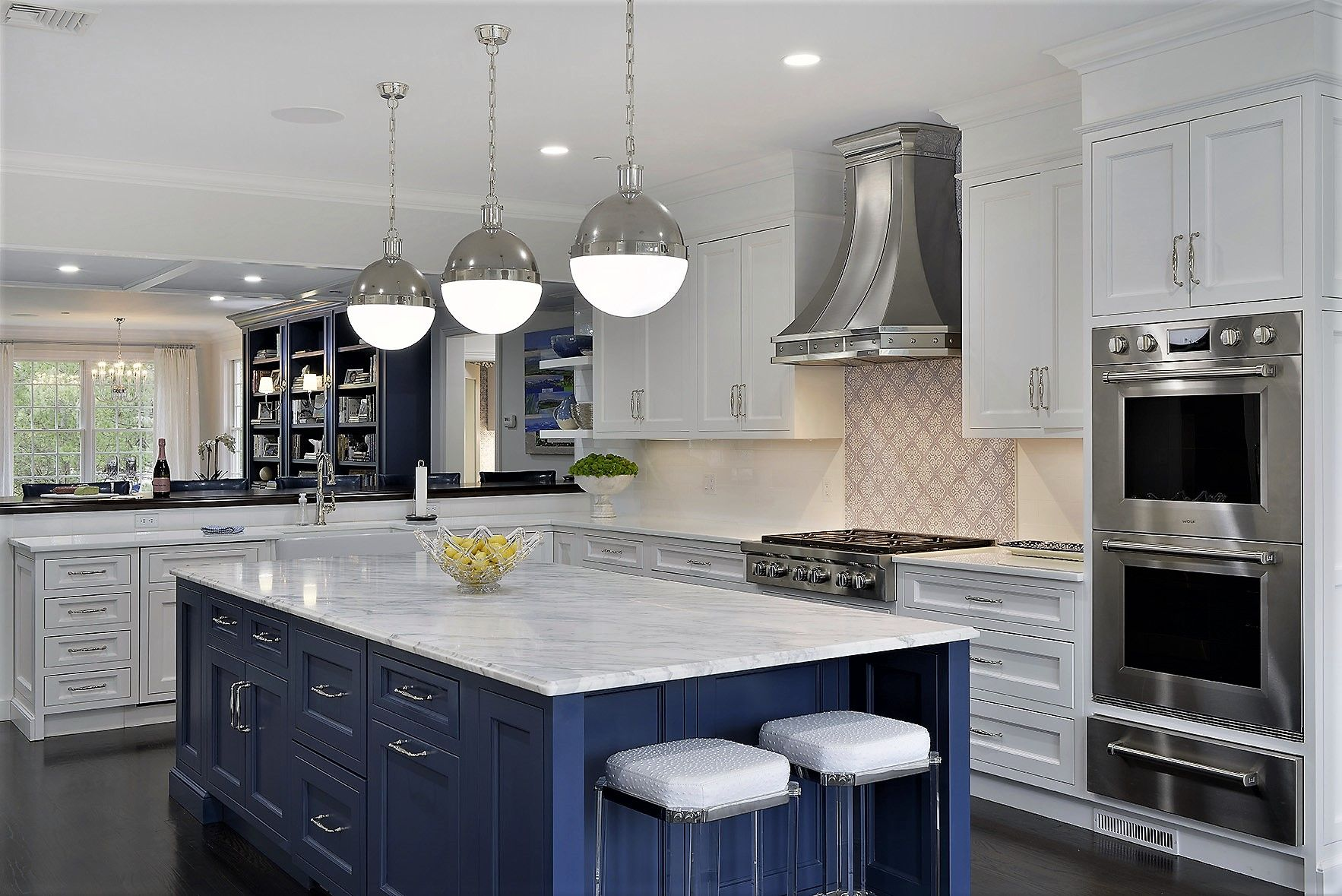 Rye Blue Kitchen Designed By Scott Weinlein Of Majestic Kitchens Bath Cabinets Elmwood By Cabico Countert Kitchen Plans Kitchens And Bath Kitchen Design