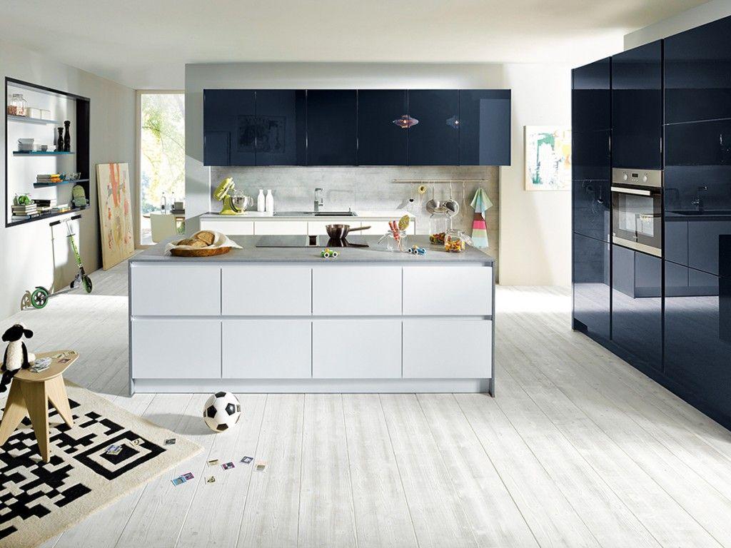 Glasslike Matt Schüller Kitchens