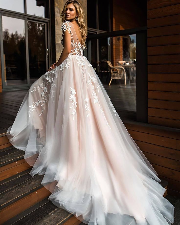 Photo of Are you getting married in 2019? You have to see these new wedding dress trends!
