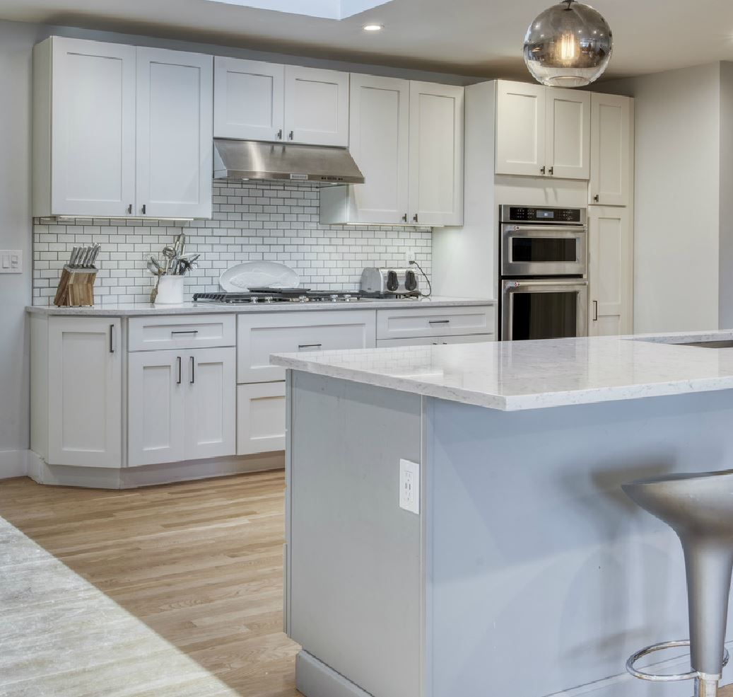 The Bright Airy Montauk Home Features 2 Large Bedrooms, 2