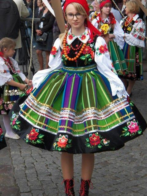ポーランド マゾフシェ地方衣装