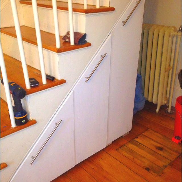 under stair storage maison pinterest rangement escalier rangement et maison. Black Bedroom Furniture Sets. Home Design Ideas