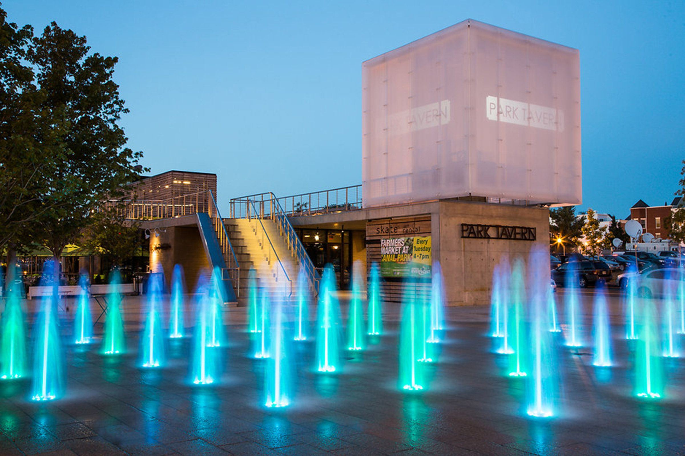 Interactive Fountains A Great Way To Cool Off During The Hot Summer Months And Adding Lights Will Make Those Fount Riverfront Water Feature Lighting Urban Park