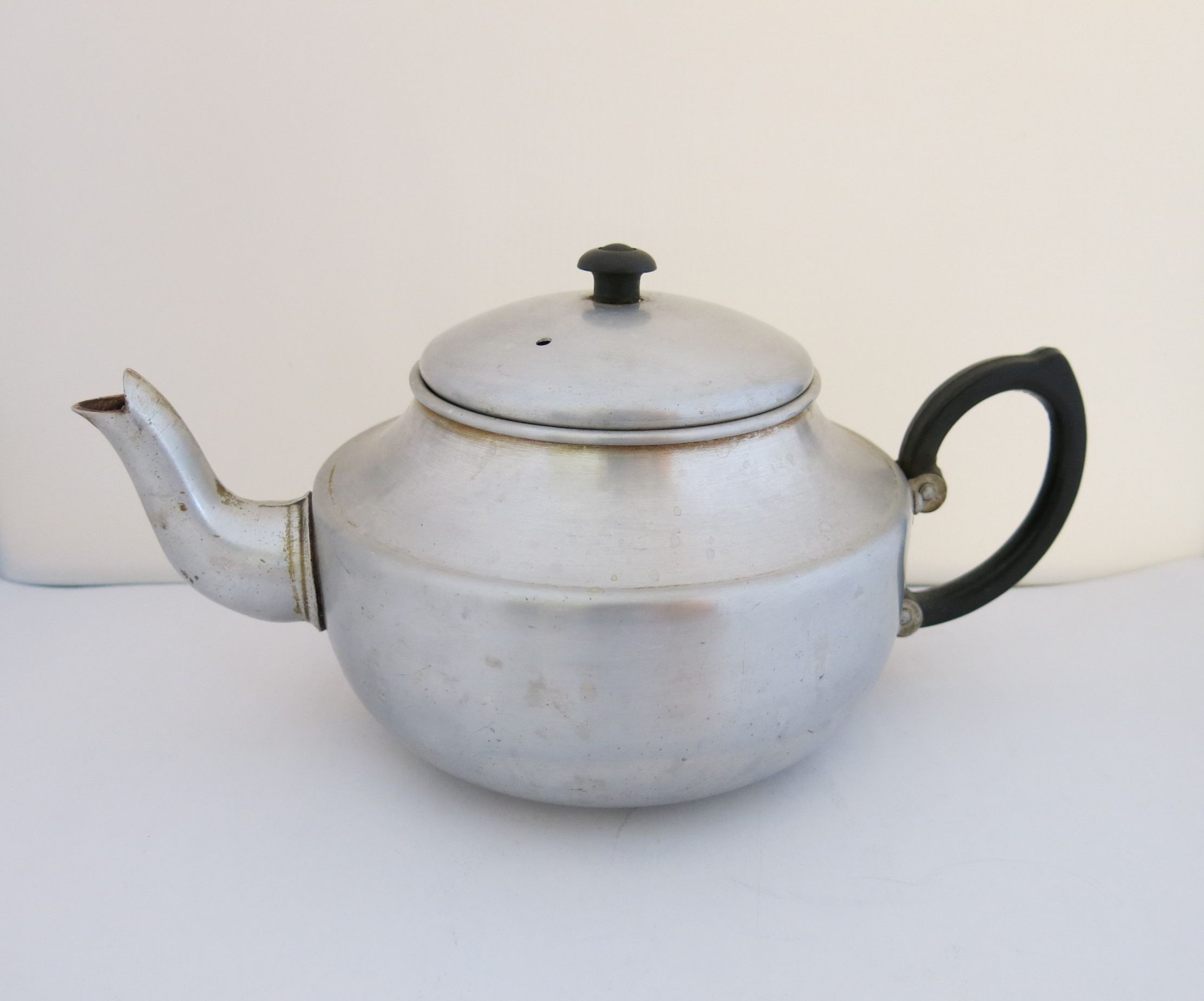 Looking For Teapots Standard Aluminium Teapot I Found In An Opp Shop For 1
