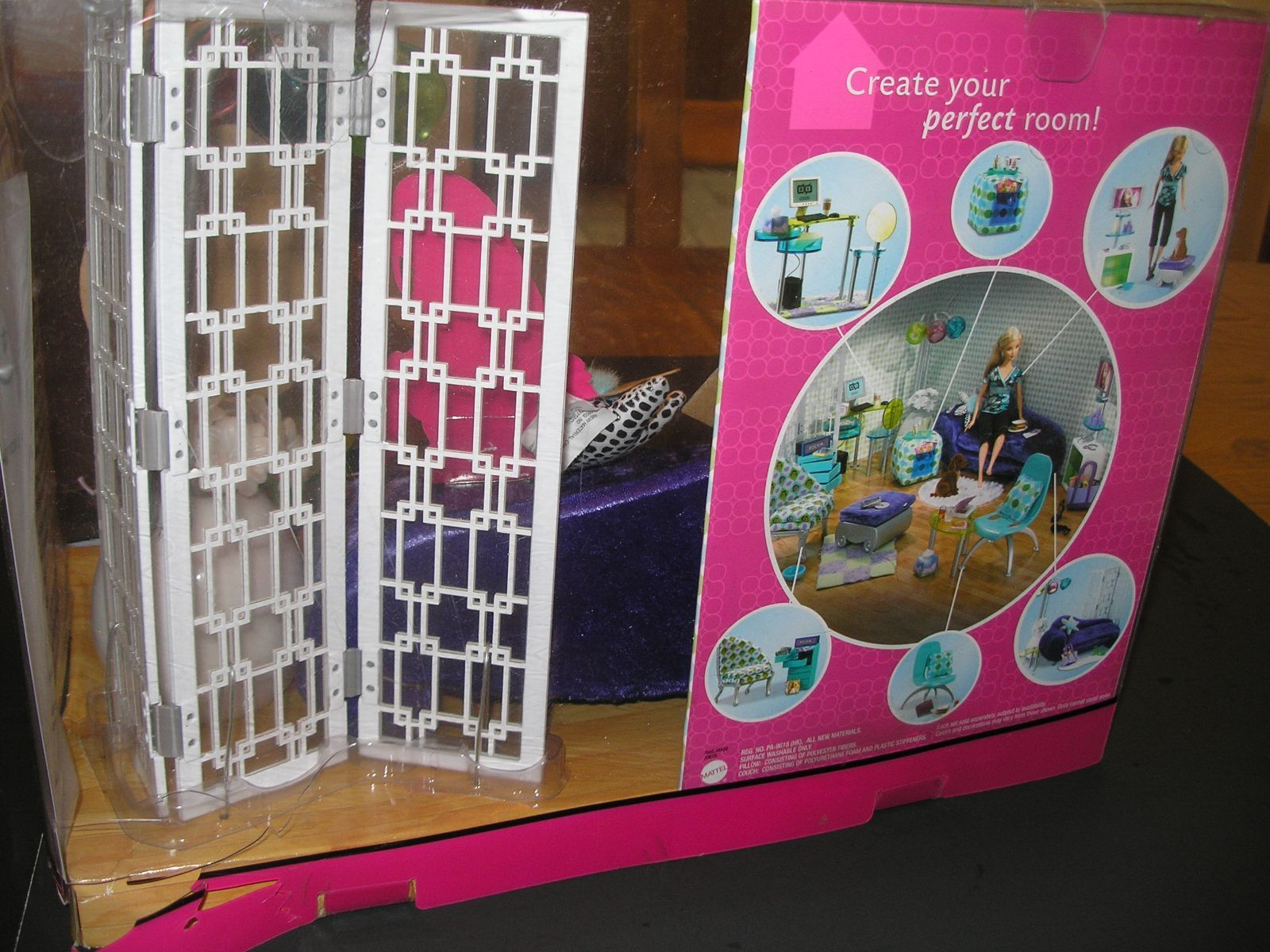 2006 Barbie Fashion Fever Room Living Room Set Purple Velvet