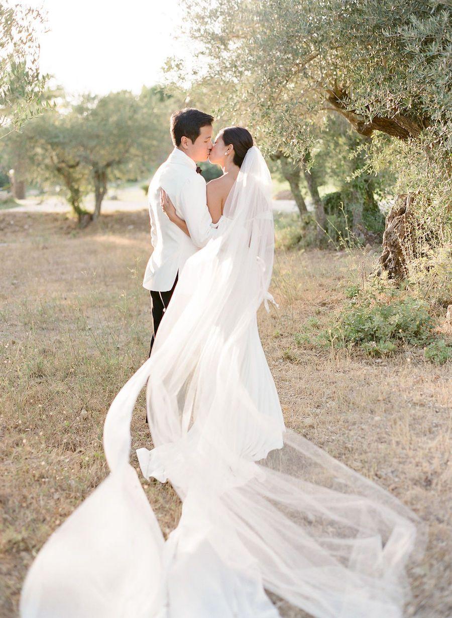 Timeless White Al Fresco Wedding at a Romantic French