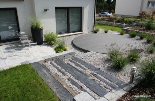 Jardin moderne,escalier,ardoise,terrasse,bois Jardin Aménagement