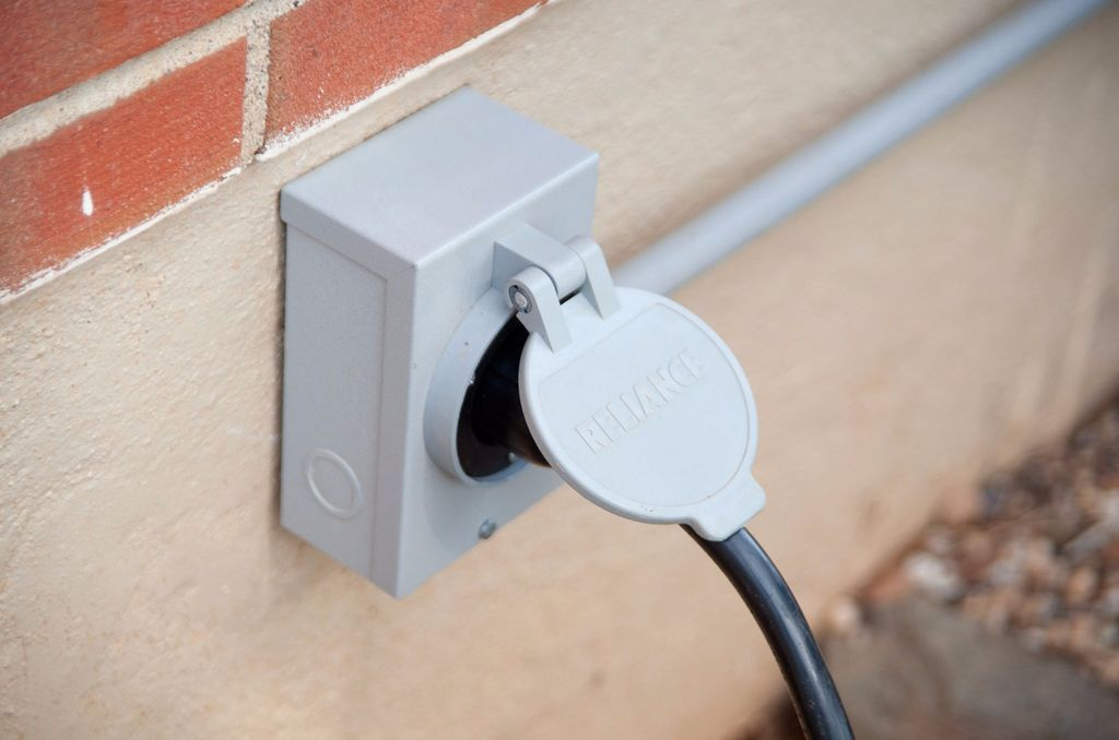 Easy Generator to Home Hook Up Diy home improvement
