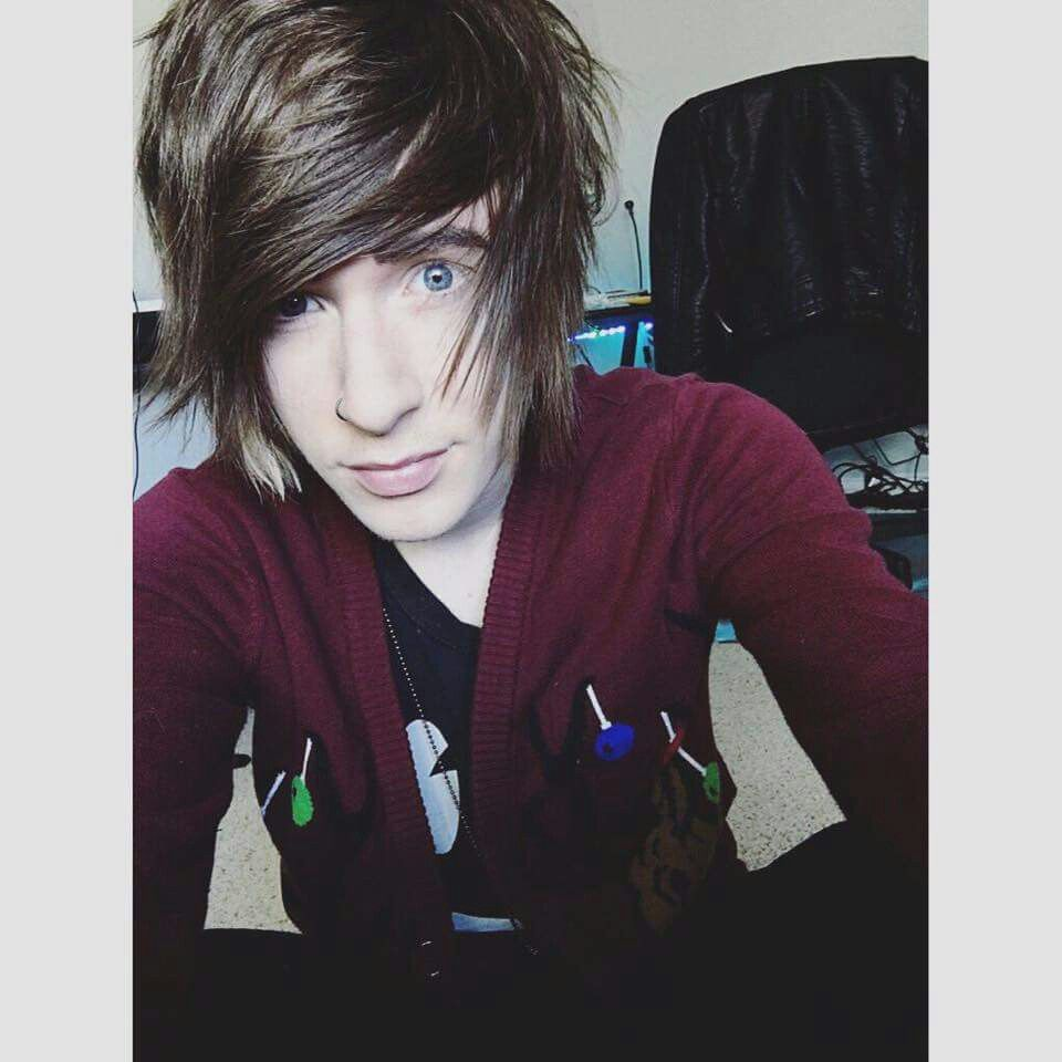 Pin by mariana on d pinterest emo and emo boys