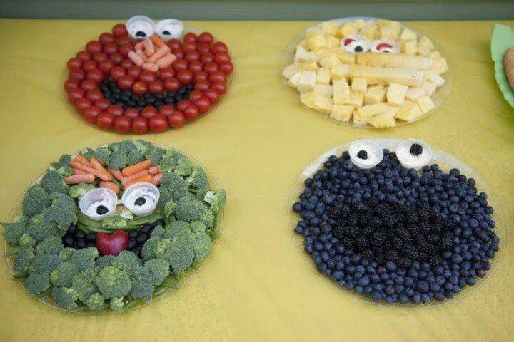 Cute way to get kids to eat fruits and veggies