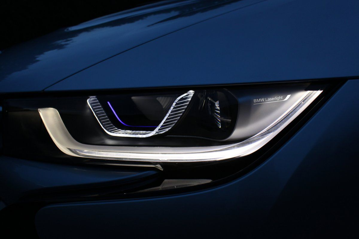 The Bmw I8 S Optional Laserlights Are Twice As Strong As The Headlights That Come Standard Bmw I8 Car Lights Car Headlights