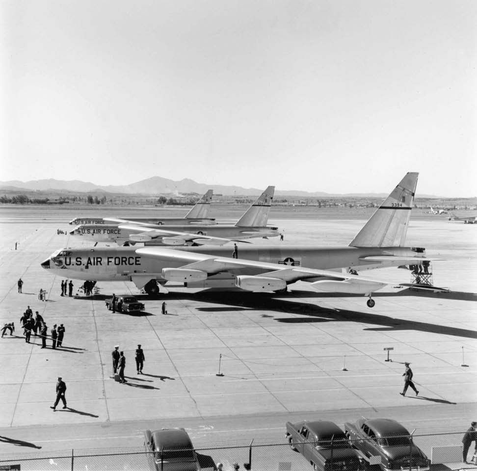 Boeing B 52 Stratofortress Of The U S Air Force History: B-52 Stratofortress: Going Mad - Quarto Explores