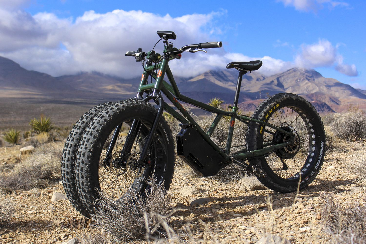 Rungu Juggernaut Our First Taketackle Any Trail With This Beastly 3 Wheeled Electric Mountain Bike Electric Mountain Bike Mountain Biking Digital Trends