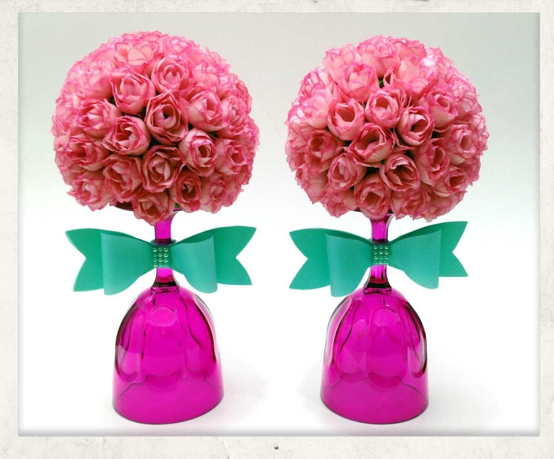 agora foi a vez da topiaria com mini flores para decorar a mesa principal nau