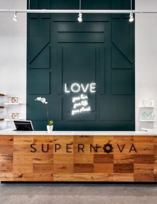 Salon: Supernova Salon, North Vancouver, B.C. Category/Catégorie: Salon Interior  Design