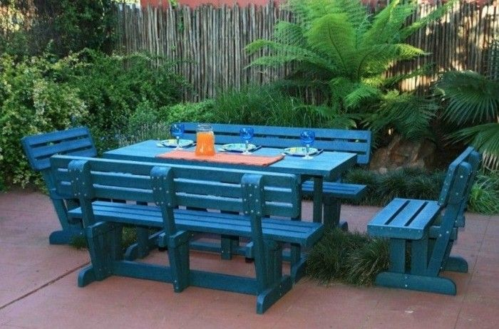 Patio Furniture Made With Recycled Plastic