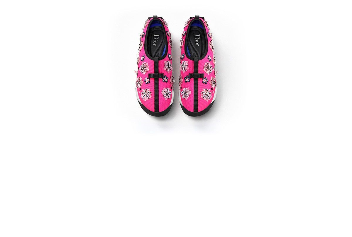 FUSION SNEAKER IN FUCHSIA TECHNICAL FABRIC, FLORAL EMBROIDERY AND WHITE SOLE