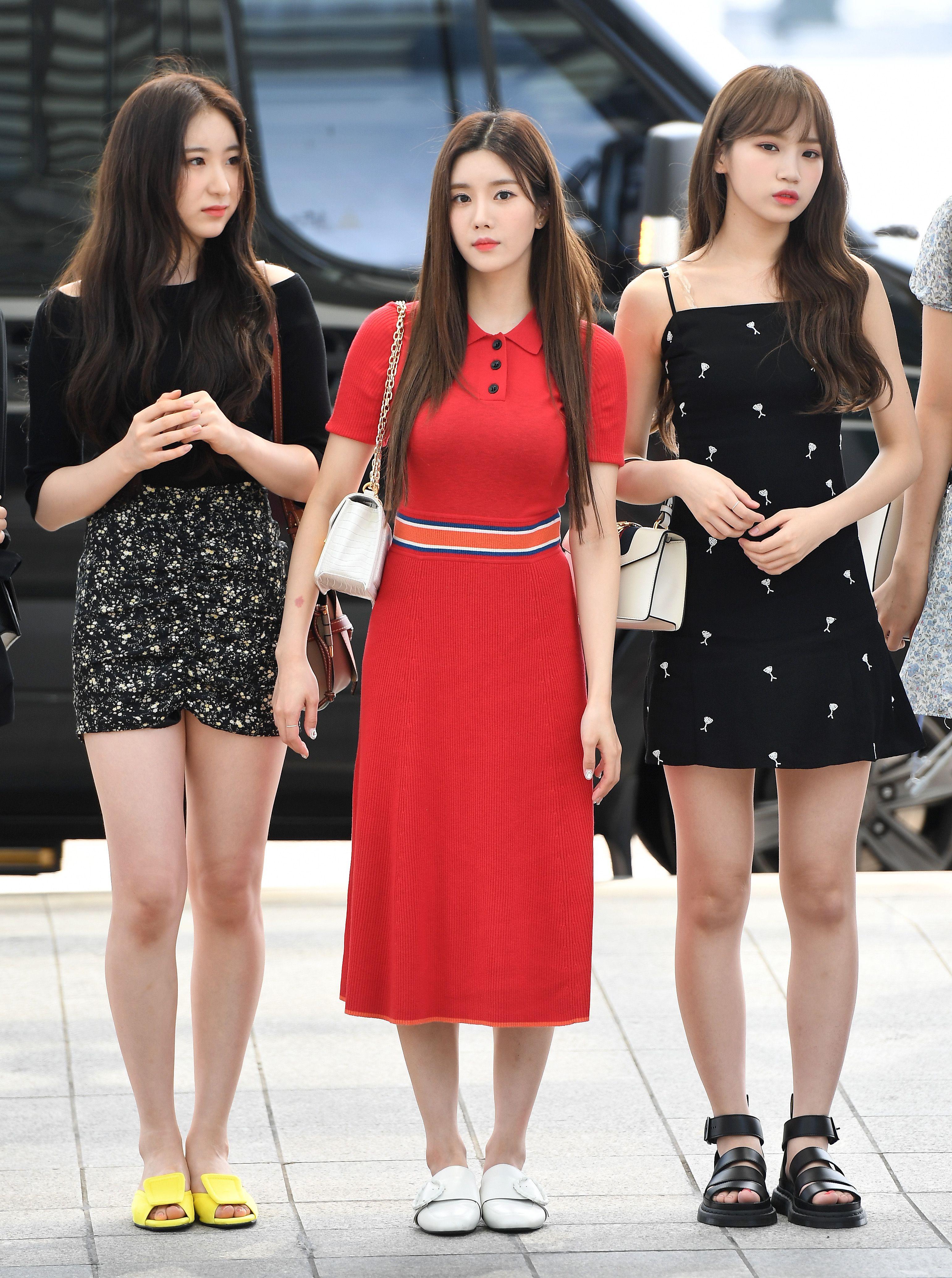Izone Chaeyeon Chaewon Feet R Kpopfeets Kpopfeets Kpop Kpop Fashion Fashion Fashion Idol