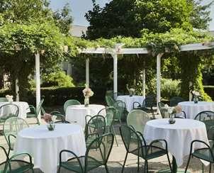 Doubletree By Hilton Hotel Burlington Vt Weddings