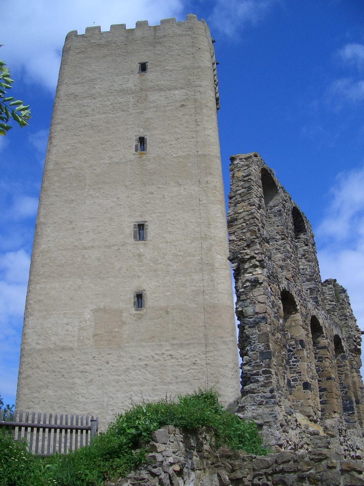 Burg Olbrück (mit Bildern) Eifel