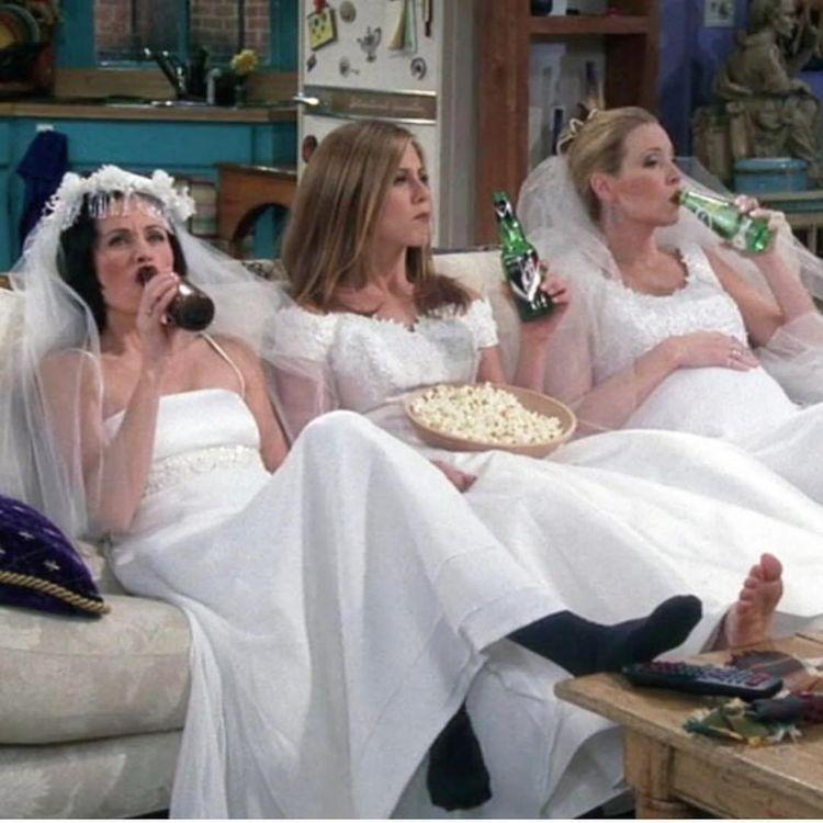 Friends Staffel 7 Tv Weddings Wedding Dresses Wedding Outfit