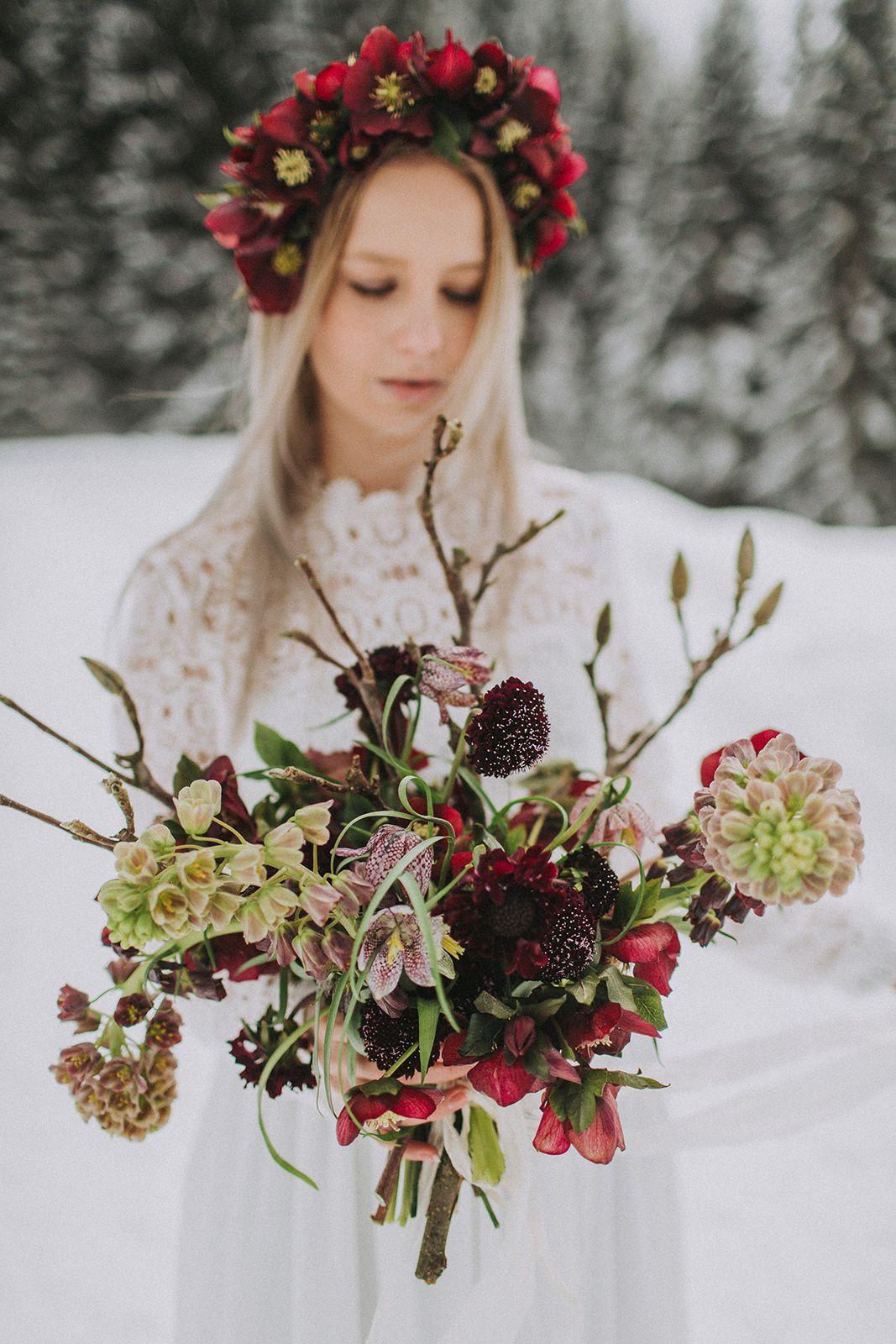 Ideen Fur Die Winterhochzeit In Den Bergen In Rot Dresses 3 3