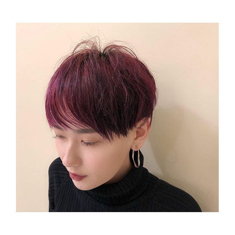 Yuukaさんはinstagramを利用しています 赤 紫 ヘア 光当たると