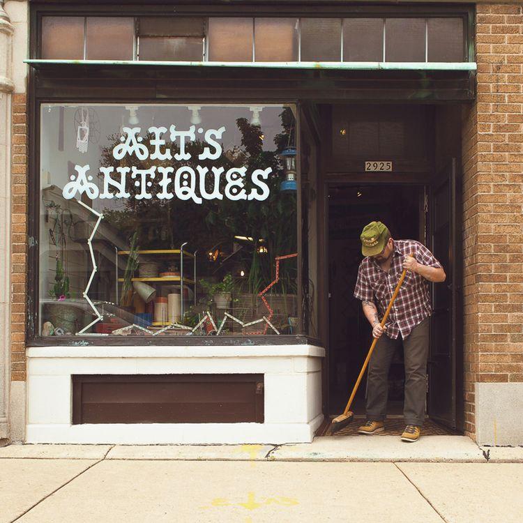 Ait's Antiques