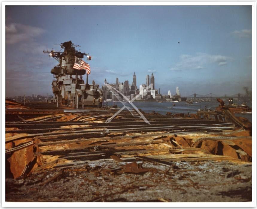 US Navy aircraft carrier USS Franklin (CV-13), nicknamed ...