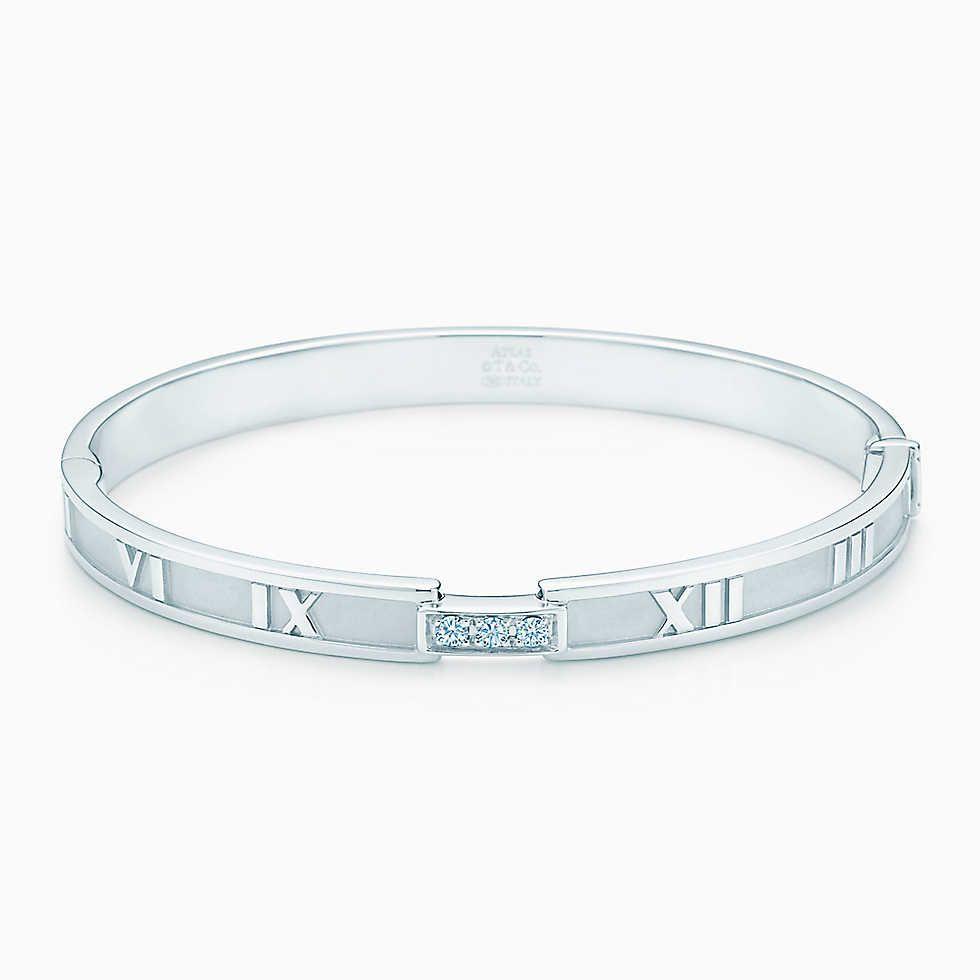 0b2096108 Atlas® closed hinged bangle in 18k white gold with diamonds, medium.