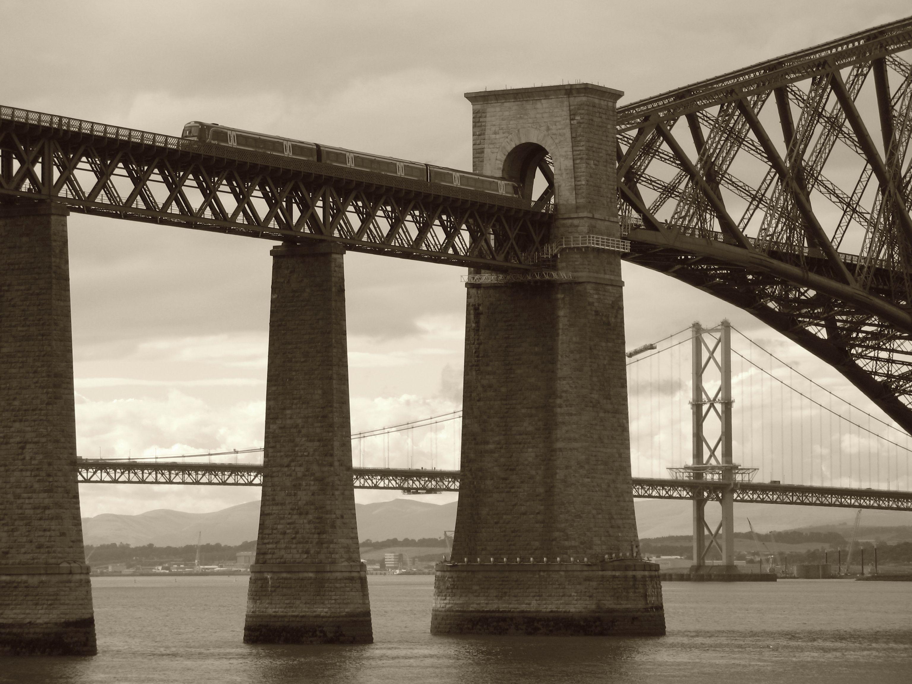 Forth bridges, Queensferry, Edinburgh